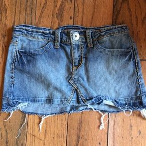 Hot Kiss 💋 mini denim jean skirt